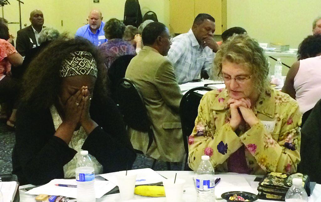 'We need prayer;' Chicago meeting links prayer warriors