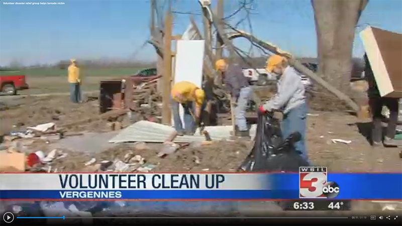 Illinois Disaster Relief volunteers at work in northern and southern parts of state