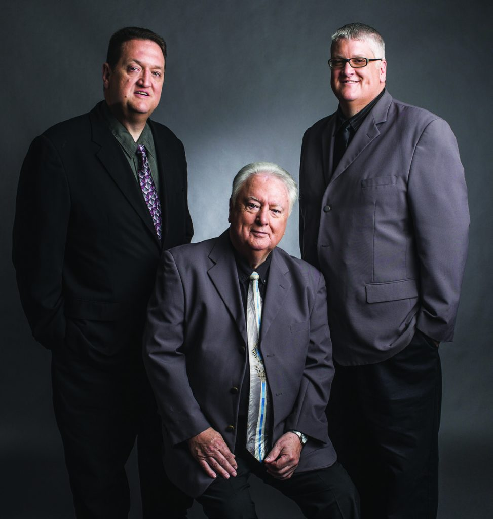 Beloved trio performs final concert