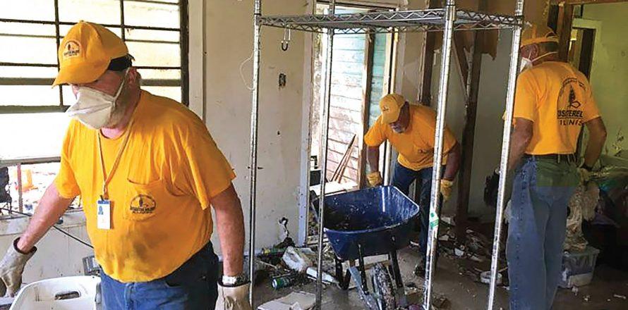 Illinois commits to Texas aid: Massive Florida storm stretches Baptist response