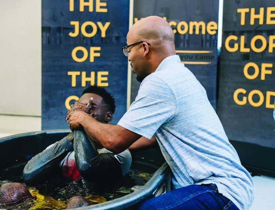 'The Lord hasn't forgotten this city' Former East St. Louis resident returns to plant a new church