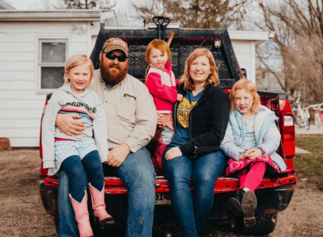 The Wineinger family. - Emily Carpenter Photography